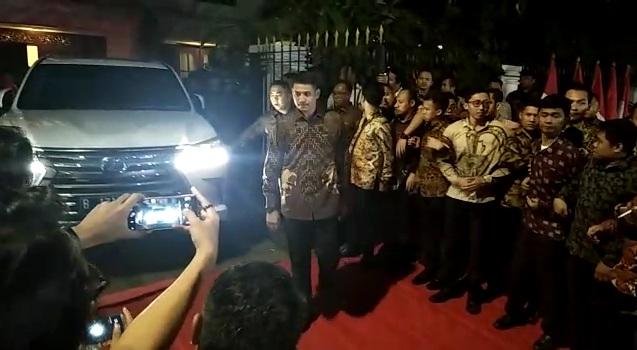 Prabowo Tinggalkan Kertanegara