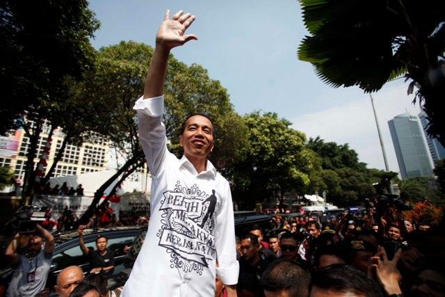 Jokowi Pilih Tagline Bersih, Merakyat, Kerja Nyata