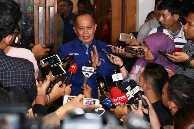SBY Pantau Pendaftaran Prabowo-Sandi dari Rumah