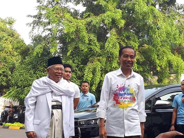 Jokowi-Ma'ruf Tiba di RSPAD