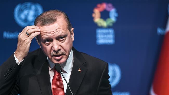 Erdogan <i>Ngotot</I> Terapkan Suku Bunga Rendah