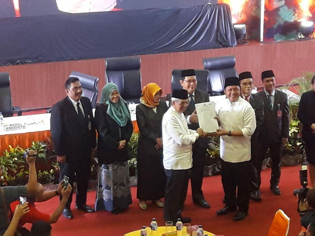 KPU Tetapkan Herman Deru-Mawardi Yahya Pemenang Pilgub Sumsel