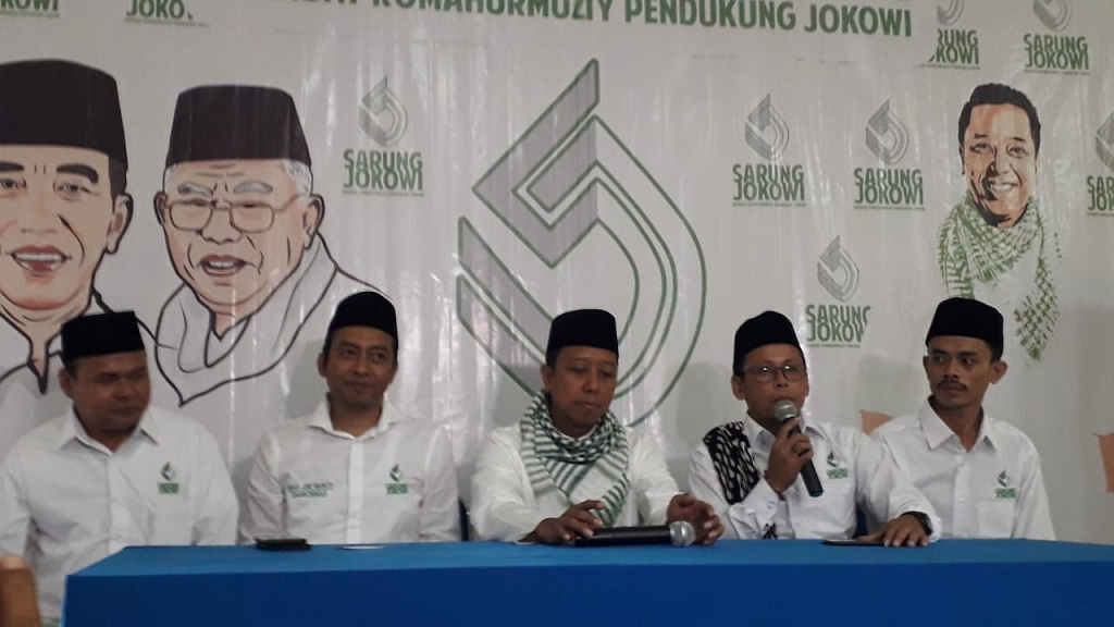 Ratusan Santri Dideklarasikan sebagai Sarung Jokowi