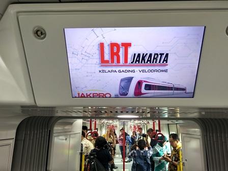 Penumpang LRT Selama Uji Coba Masih Terbatas
