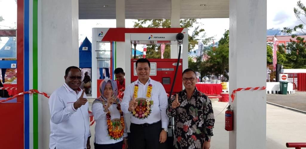 Pertamina Resmikan BBM Satu Harga di Wamena