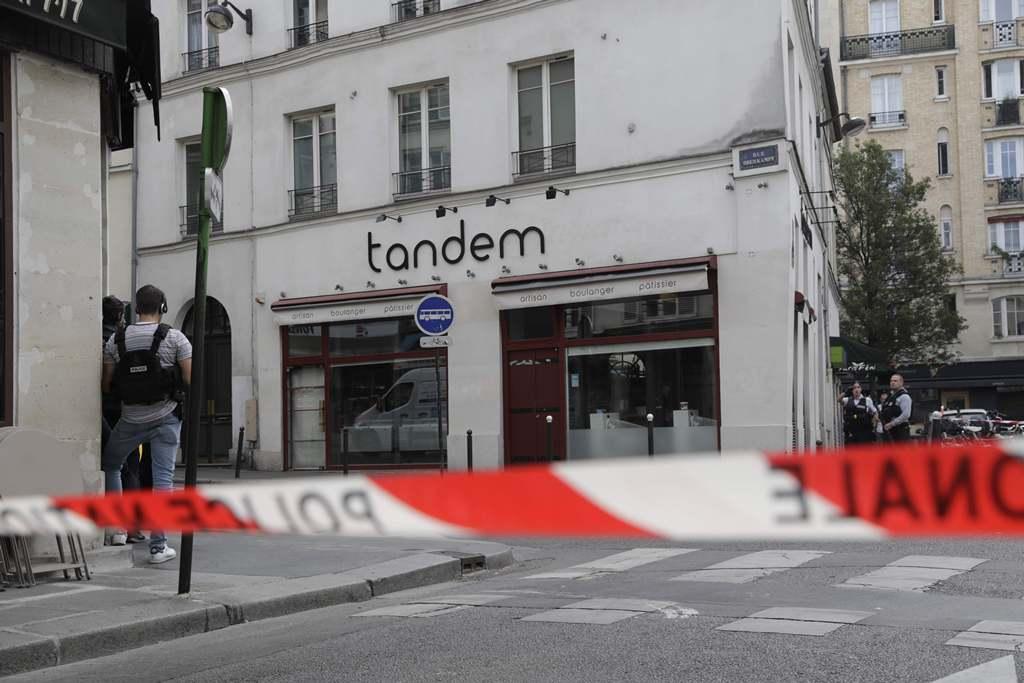 Polisi Tahan Pelaku Penikaman di Paris