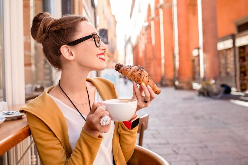 Waspadai 7 Penyakit Mengintai Anda yang Hobi Makanan Manis