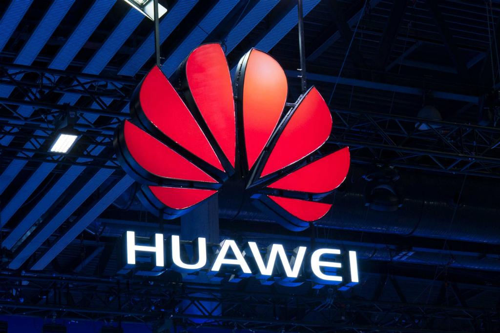 CEO Huawei: Ponsel Lipat Bisa Gantikan Komputer