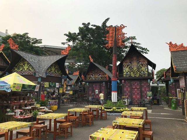 Membedah Pesona Bumi Borneo di Festival Kuliner Serpong 2018