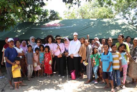 Ikatan Istri Anggota DPR Bantu Korban Gempa NTB