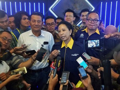 Menteri Rini: Perombakan Direksi BUMN Merupakan Hal Biasa