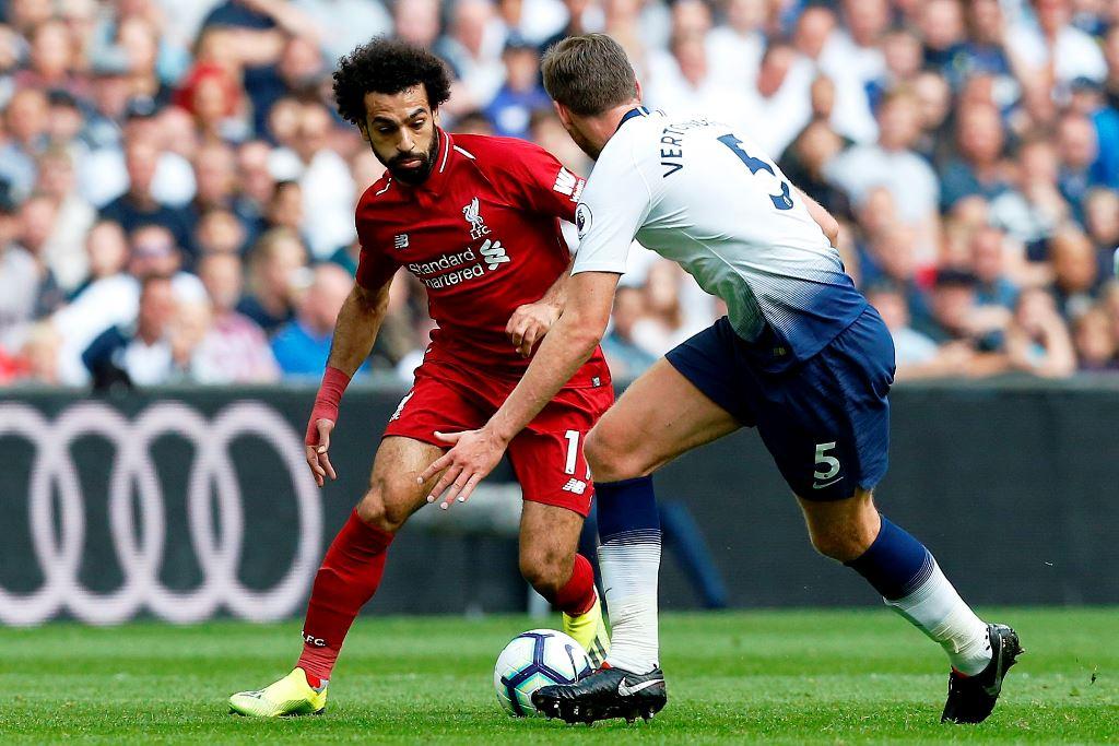 Babak I: Sundulan Wijnaldum Antar Liverpool Ungguli Tottenham