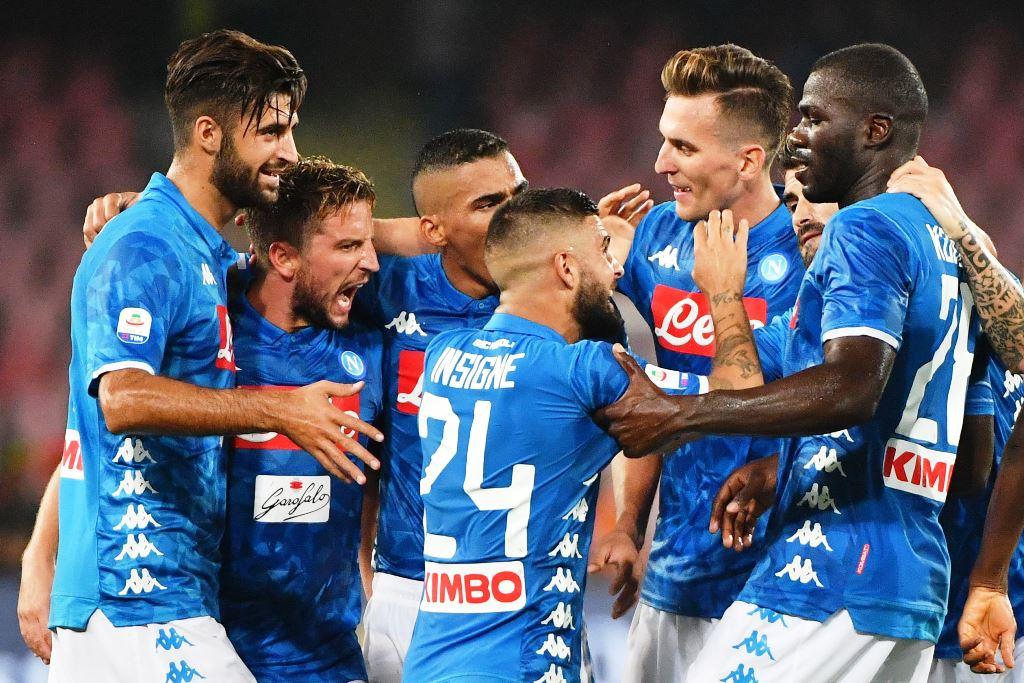 Insigne Bawa Napoli Bekuk Fiorentina