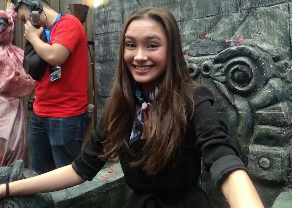 Caitlin Halderman Alami Insiden Terkena Celurit saat Syuting Film DreadOut