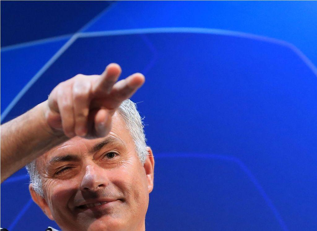 Dalam Tekanan, Mourinho Masih Santai