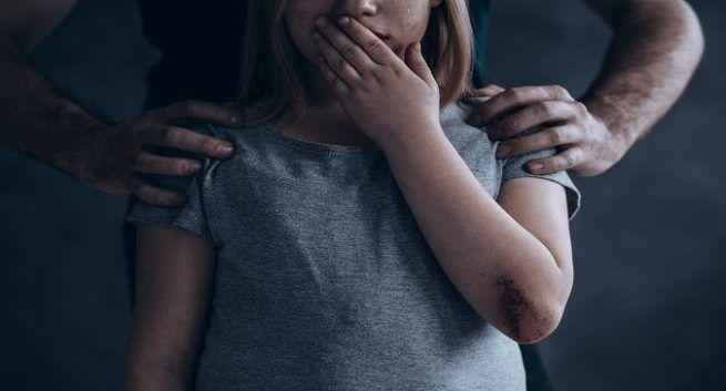 Studi: Trauma Masa Kecil Dapat Menyebabkan Perubahan Gen