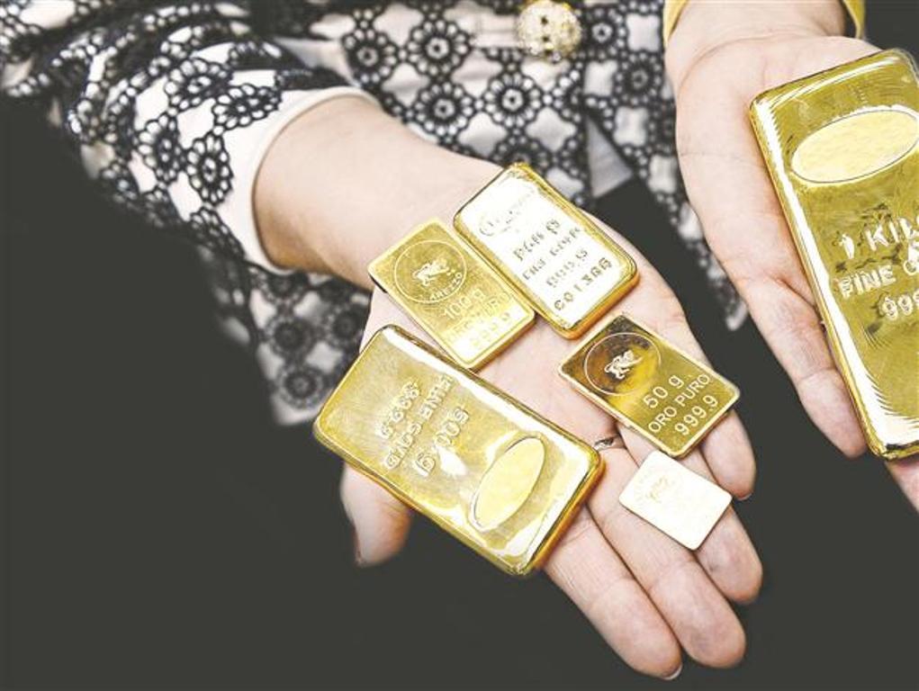 Emas Dunia Menanjak di Tengah Kejatuhan USD