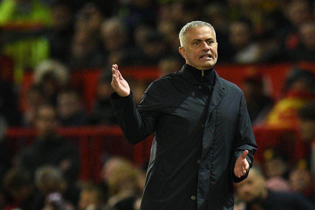 Mourinho Yakin Ada Agenda untuk Menjatuhkannya
