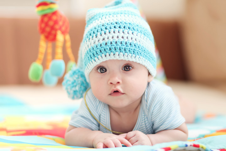 Tanda-tanda Bayi Mengalami Gangguan Penglihatan