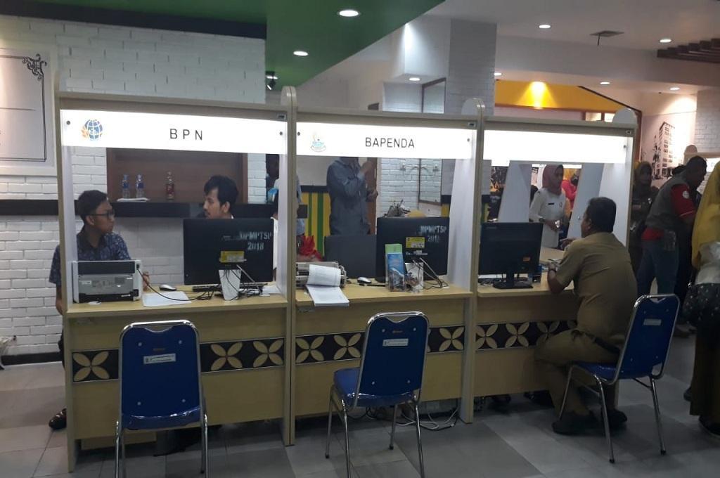 Bikin KTP-el Bisa di Mal Pondok Gede Bekasi