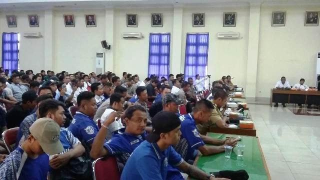 Laga Derbi Yogyakarta Jilid II Tanpa Penonton
