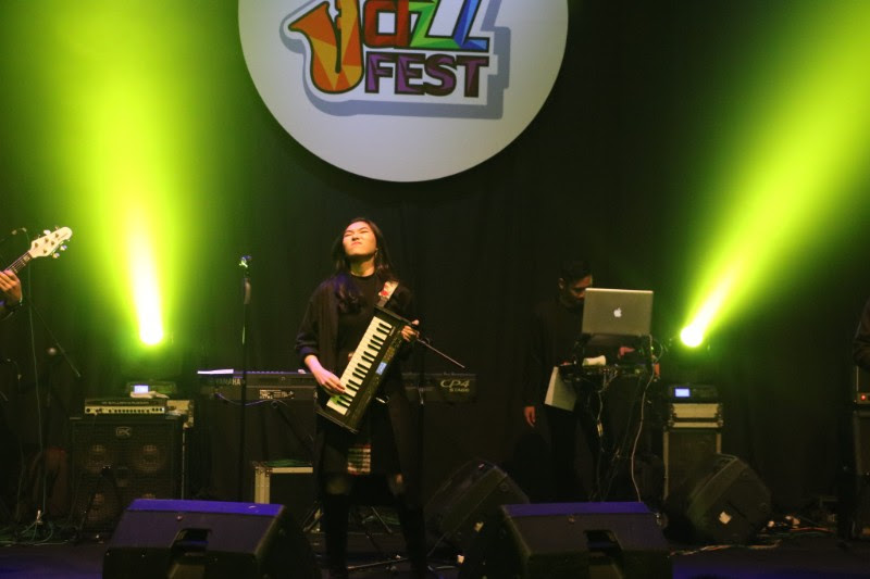 Aksi Isyana Sarasvati Menutup The Papandayan Jazz Fest 2018
