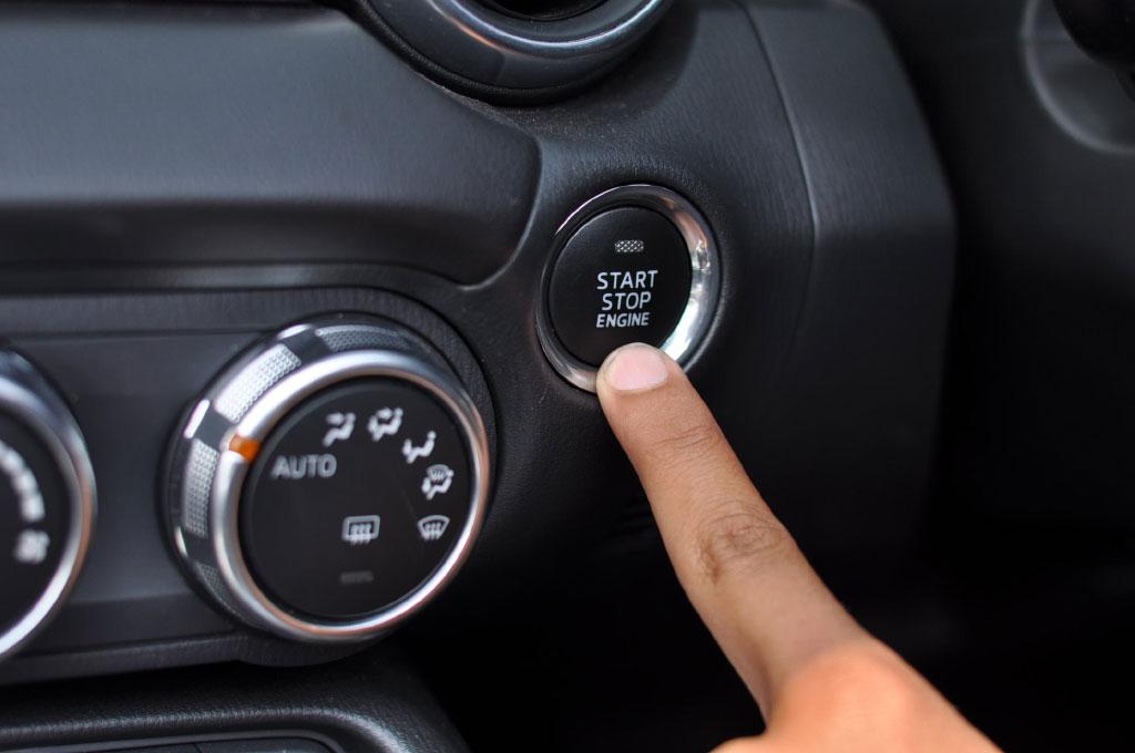 Sidik Jari Bakal Kunci Mobil Masa Depan