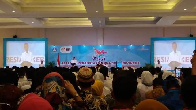 Jokowi Ingatkan Siswa Menjaga Persatuan