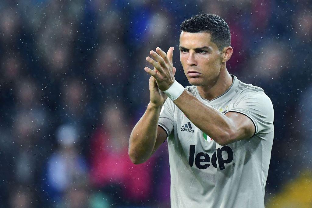 Ketika Ronaldo Dibela Mantan Kekasih