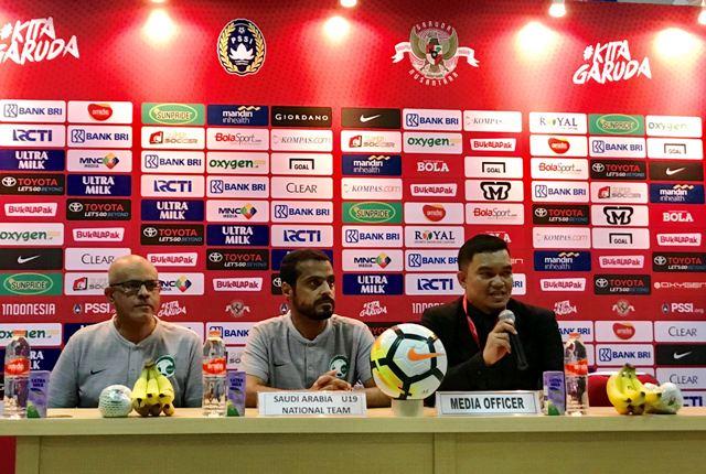 Pelatih Arab Saudi Puji Dua Pemain Indonesia