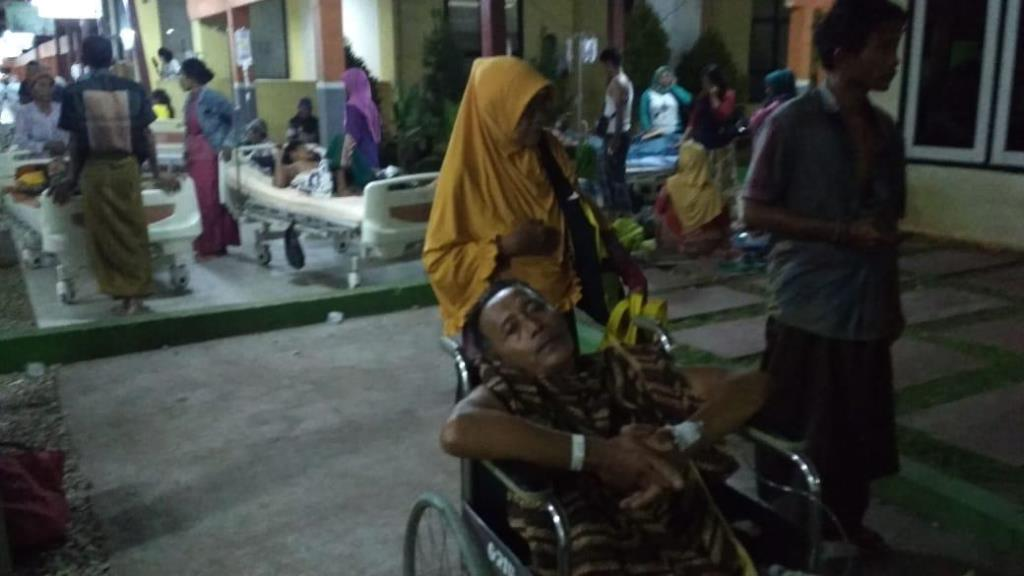 Pasien dan Pengunjung RS Moh Anwar Sumenep Berhamburan
