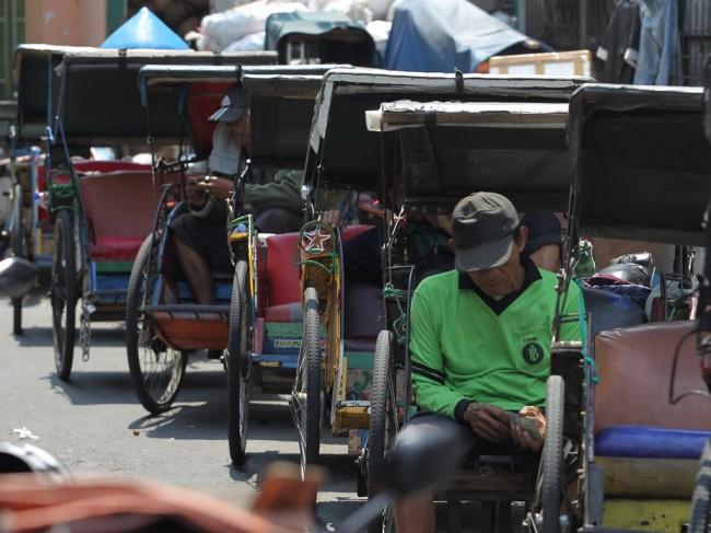 Kebijakan Becak Dianggap Kemunduran Berpikir Gubernur DKI