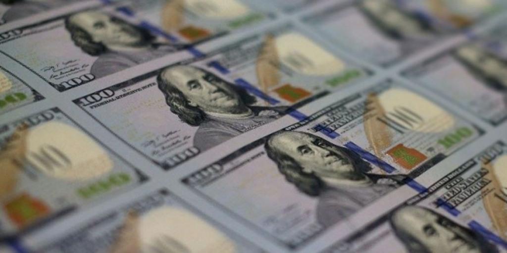 USD Ambruk Usai Imbal Hasil Obligasi Jatuh