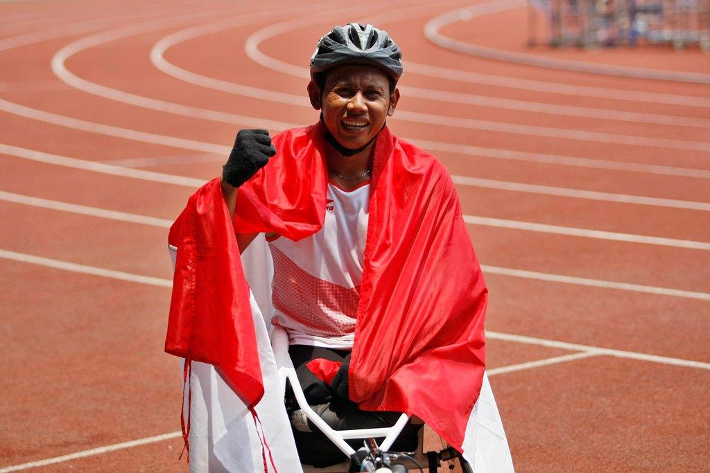 Jaenal Aripin Rebut Perak Atletik