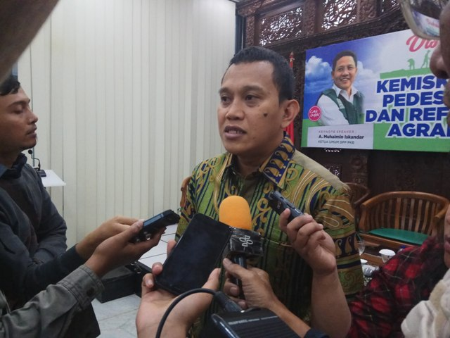 Amsal Jokowi Pukau Petinggi IMF