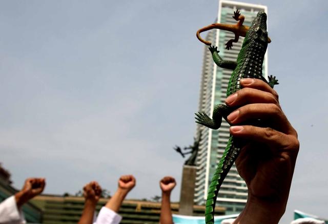 Polri dan KPK Jangan Terjebak Skenario 'Cicak vs Buaya'
