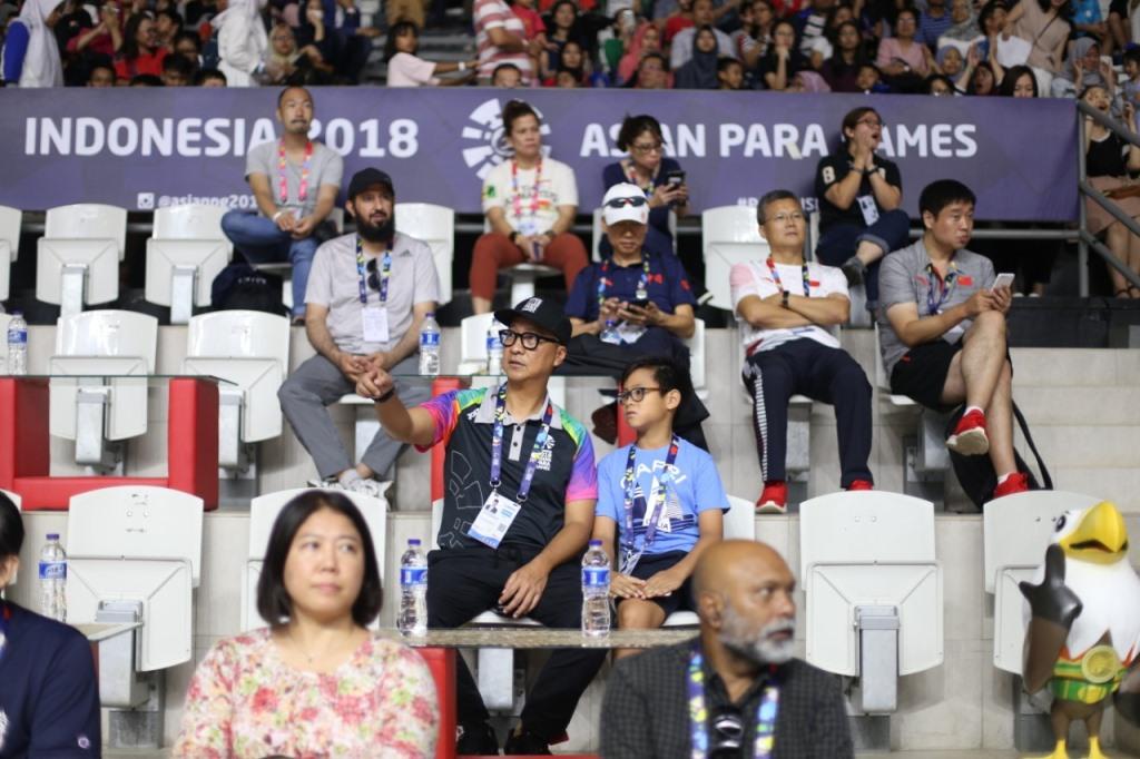 Mensos Terbawa Emosi Saksikan Semifinal Para Bulu Tangkis