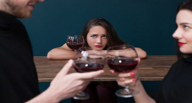 Tips Mengontrol Rasa Cemburu pada Pasangan