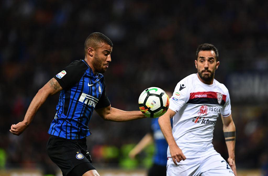 Tidak Dipinang Inter, Rafinha Kecewa