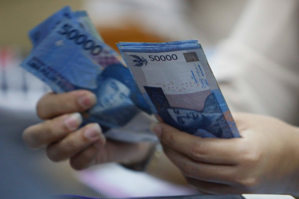 Rupiah Belum Mampu Melawan Keperkasaan USD