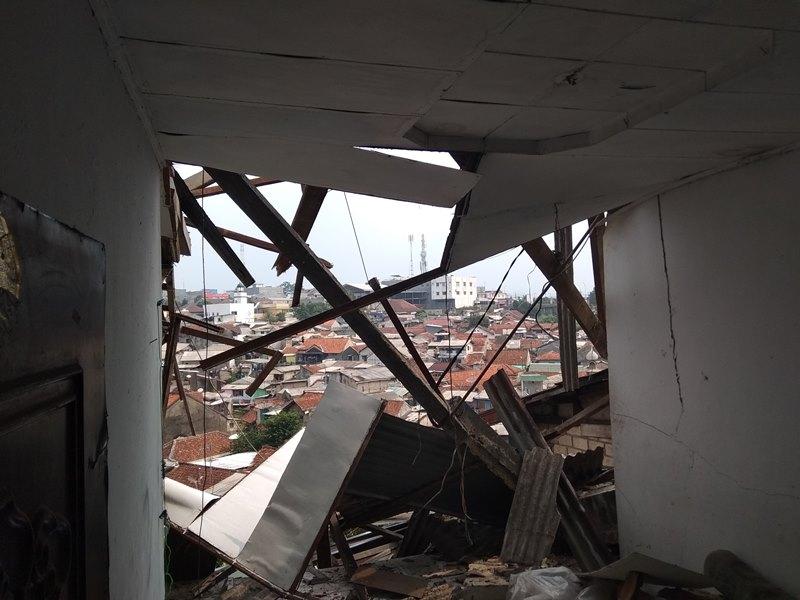 Enam Rumah di Kota Bogor Roboh