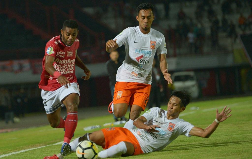 Sempat Tertinggal, Bali United Berbagi Angka dengan Borneo