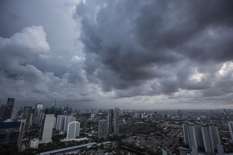 Hujan Deras Diprediksi Turun di Jatim Akhir Oktober