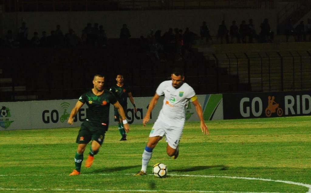 Aleksandar Rakic Bidik Top Skorer Liga 1