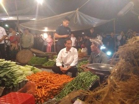 Jokowi: Harga Sembako di Pasar Tradisional Stabil