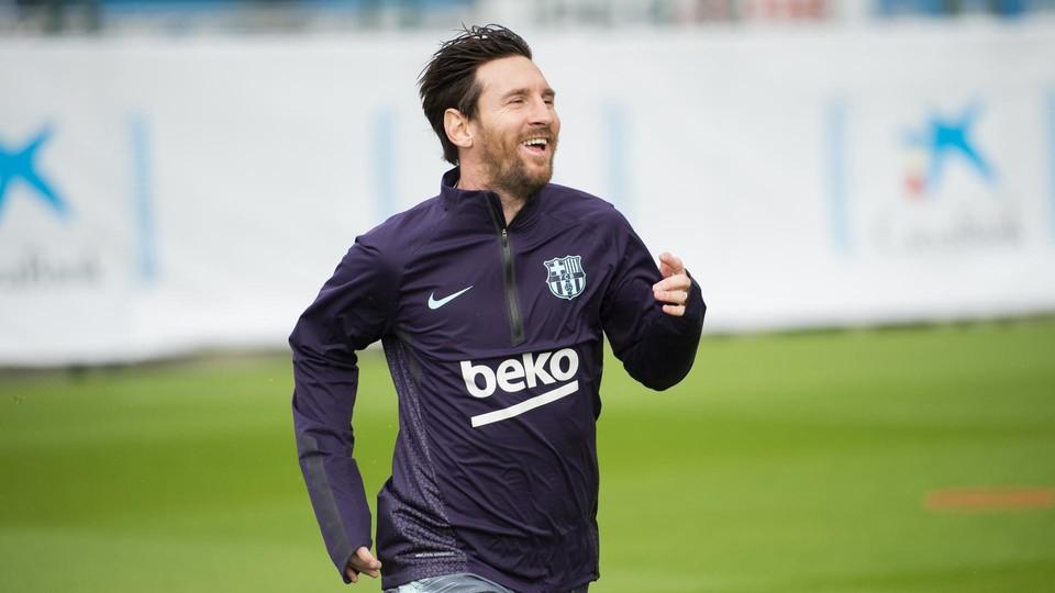 Lionel Messi Kembali Berlatih