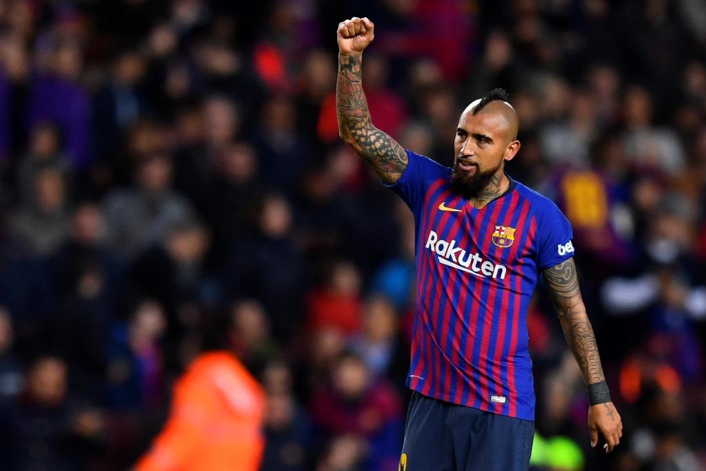 Bantu Barcelona Menang, Vidal <i>Pede</i> Tembus Skuat Utama