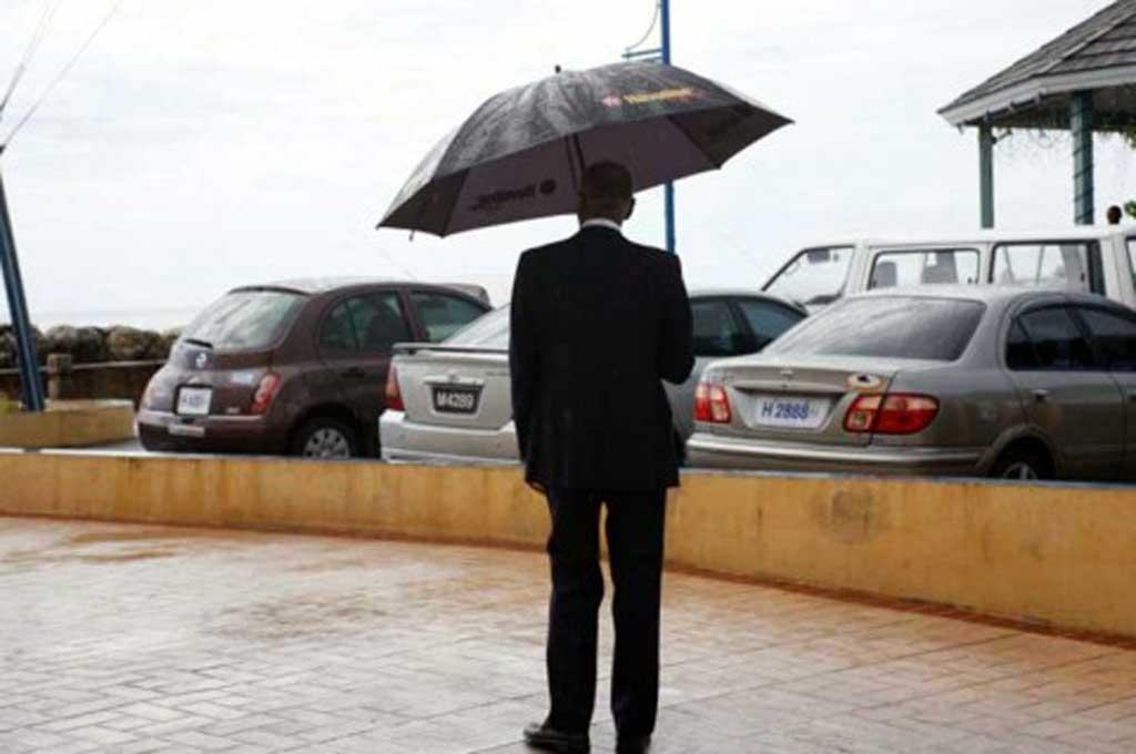 Perlengkapan yang Wajib Ada di Mobil saat Musim Hujan