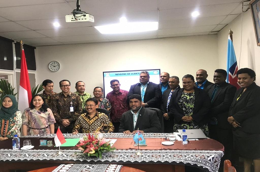 Indonesia Hibahkan Traktor Tangan untuk Fiji