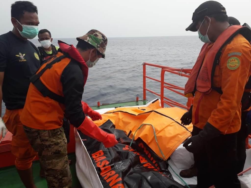 Basarnas Evakuasi 138 Kantong Jenazah Pesawat Lion Air